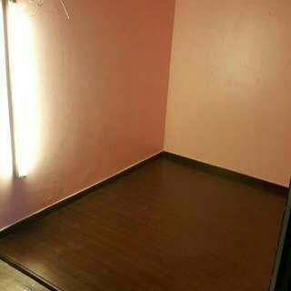Laminate flooring & vinyl flooring