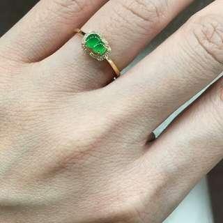 陽綠葫蘆戒指,一圈南非真鑽,18k真金,12圈口,可以改,