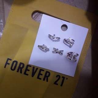 Forever 21 rings.Price in mall is 430 pesos receipt dto p saken