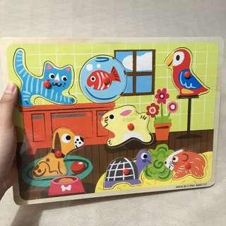 Pet animals wooden peg puzzle
