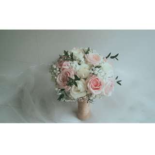 Beautiful Roses & Baby's Breath bridal bouquet (Wedding / ROM/ /Engagement Bridesmaid / Proposal/ Anniversary)