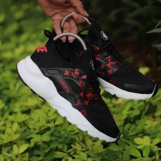 Nike huarace for woman good Quality