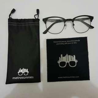 Metro Sunnies Specs/ Eyewear
