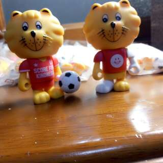 SG lion Soccer figurings