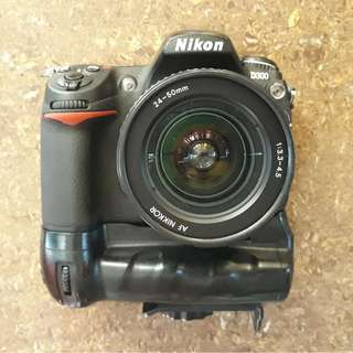 Nikon D300 DSLR Camera Package Set with an additional Lens