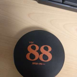 bedak Ver 88 bounce up pact spf 50