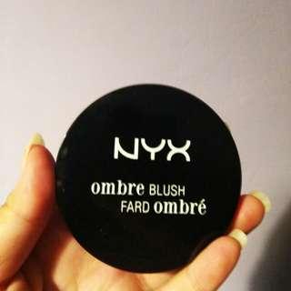 NYX Ombre Blush Mauve Me