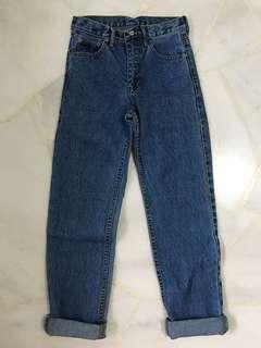 LEVIS Vintage Mom jeans