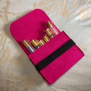 Felt pouch with elastic band (pink)