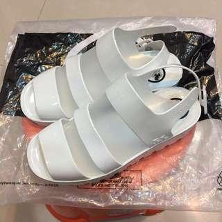 Juju涼鞋