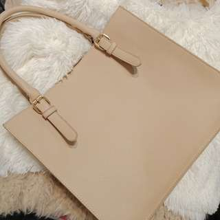Colette Medium Size Hand Bag