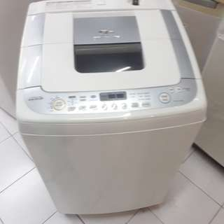 Toshiba 8.5kg fully automatic washing machine. 95%ok Good condition one month warntey 01133530275 call me WhatsApp