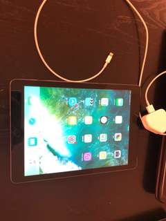 90% new iPad Air 64GB black iPad Air WLAN + Cellular