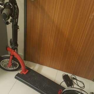 Scooter almost new kept indoor