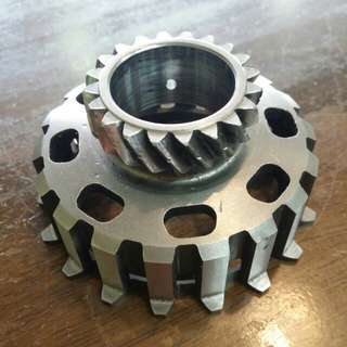 VESPA COSA 20T CLUTCH GEAR COG ORIGINAL