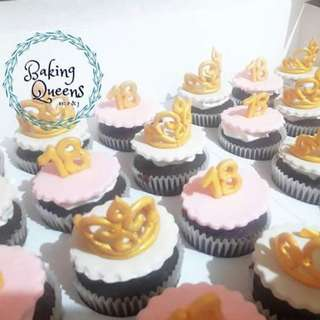 Debut Cake with 24 pcs cupcakes