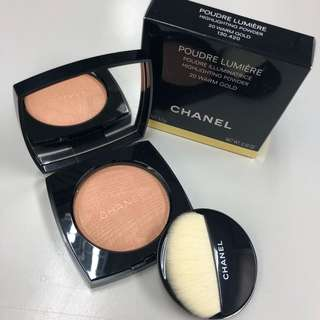 CHANEL Warm Gold highlighting powder