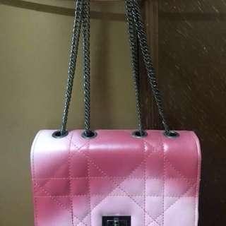🚚 粉色小包