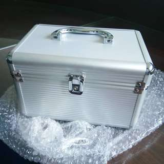 Beauty case/ kotak make up