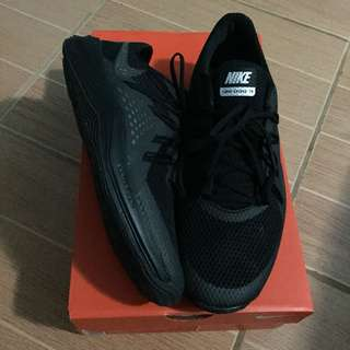 W Nike Lunar Exceed Training shoes