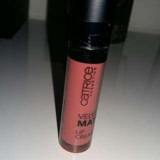 Catrice velvet matte lip cream (shade 020 Rose your voice)