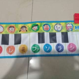 Piano playmat (doraemon)