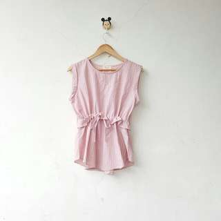 Baby pink sleevesless tie top