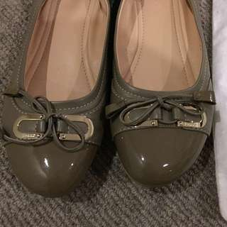 Only worn once! BALLY luxury ballerina :D