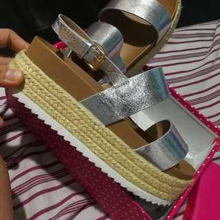 SoFab! Tassie Chunkie Sandals