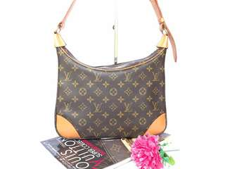 Authentic Louis Vuitton Mono Boulogne 30