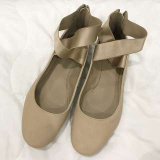 Authentic Kenneth Cole flats