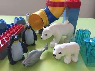 Authentic LEGO Duplo Polar Zoo