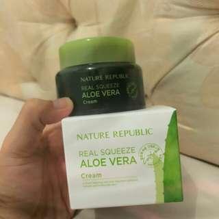 Paket skin care NR 5 item 1 item fotonya tersendiri