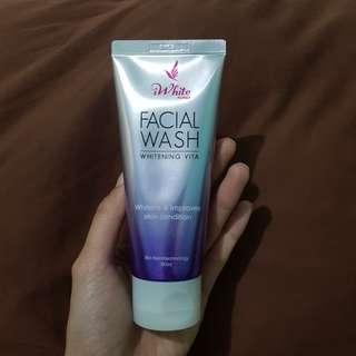 iWhite Korea Facial Wash Whitening Vita