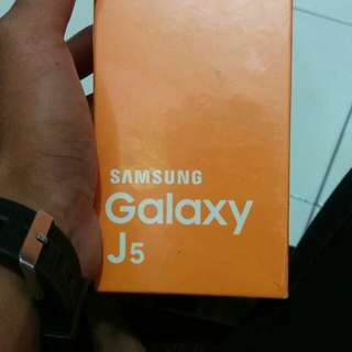 Samsung j5 tahun 2015