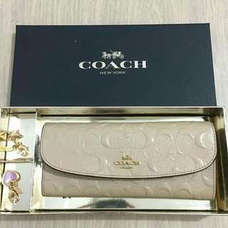 Authentic COACH Gift Set Soft Wallet include Charm ONLY 1.300.000😘