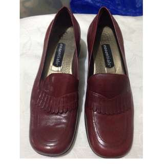 Ladies Shoes - Leather - Red - size 8