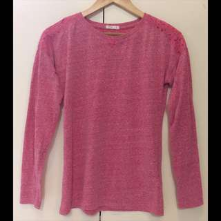 💁🏻♀️F&X Pullover w/ lace details📌in good condition