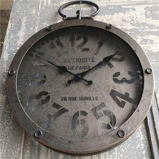 Zakaka 復古的老工業風鐵鐘掛鐘