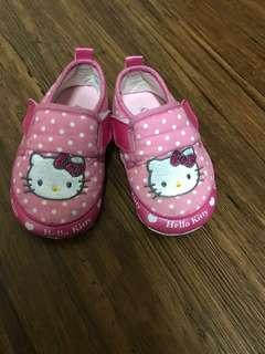 Kitty學步鞋13.5號(已清洗好了)