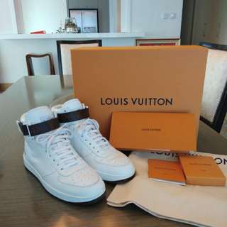 Authentic Louis Vuitton LV White Boots Sneaker