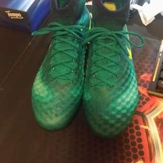 Nike足球鞋 magista obra ii fg