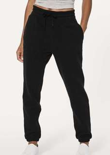 Lululemon Jogger - Size 6 - Great used condition