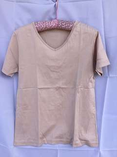 Brown V neck tshirt