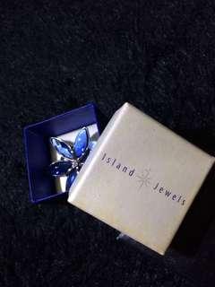 island jewels brooch