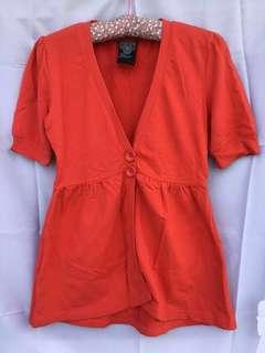 Bayo orange top