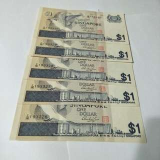 5pc of sg old $1 running number notes  5pc x $3=$15