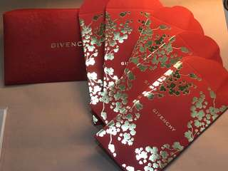 Givenchy Lai see packets 利是封套裝