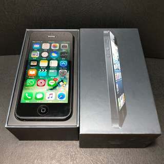 90% new iPhone 5 16GB Space Grey with screen protector
