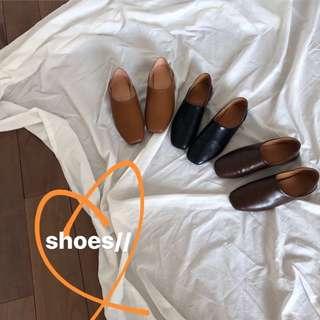 🚚 《早·衣服》3月女王節👑日常必備單品復古百搭兩穿踩跟方頭奶奶鞋平底皮鞋方頭鞋休閒鞋(預)